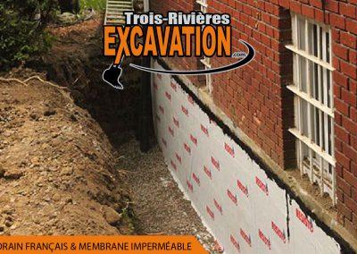 Imperméabilisation des fondations avant finition du terrain
